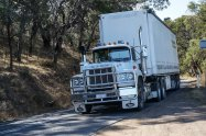 ciężarówka w trasie