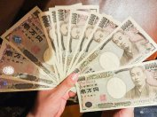 Wachlarz z banknotów